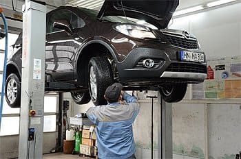 Unser Werkstattservice in Eschelbronn - Autohaus Stier